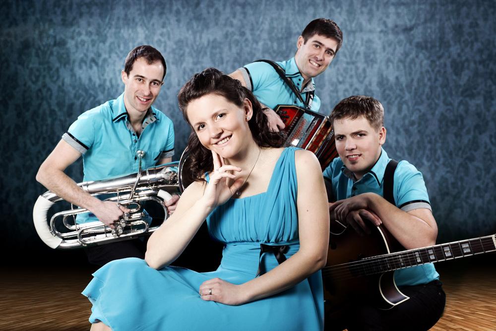 Ansambel Jurčki je narodnozabavna skupina, ki s svojim zvenom in melodijami skrbi za kvalitetno glasbo in dobro zabavo.